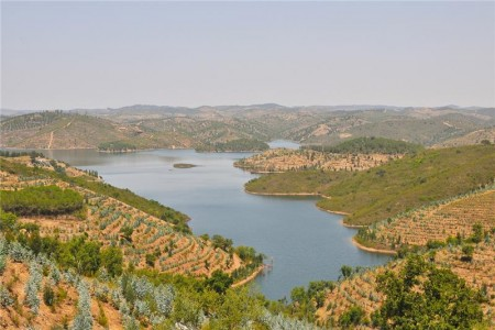 Fotografia da Barragem de Santa Clara